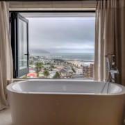 Bathrooms - Aluminium Windows 001