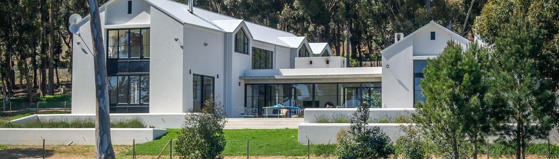 Henley House - Sir Lowrys Pass Village - Metal Windows