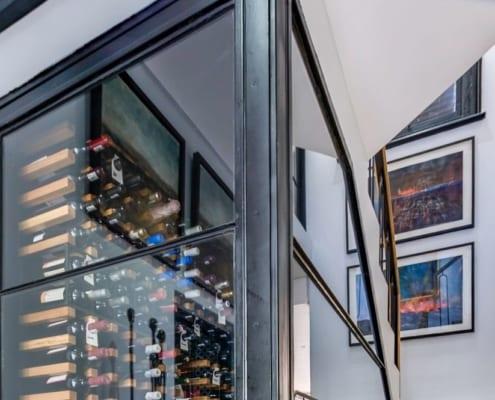 House Tomlin - Metal Windows - Wine Cela