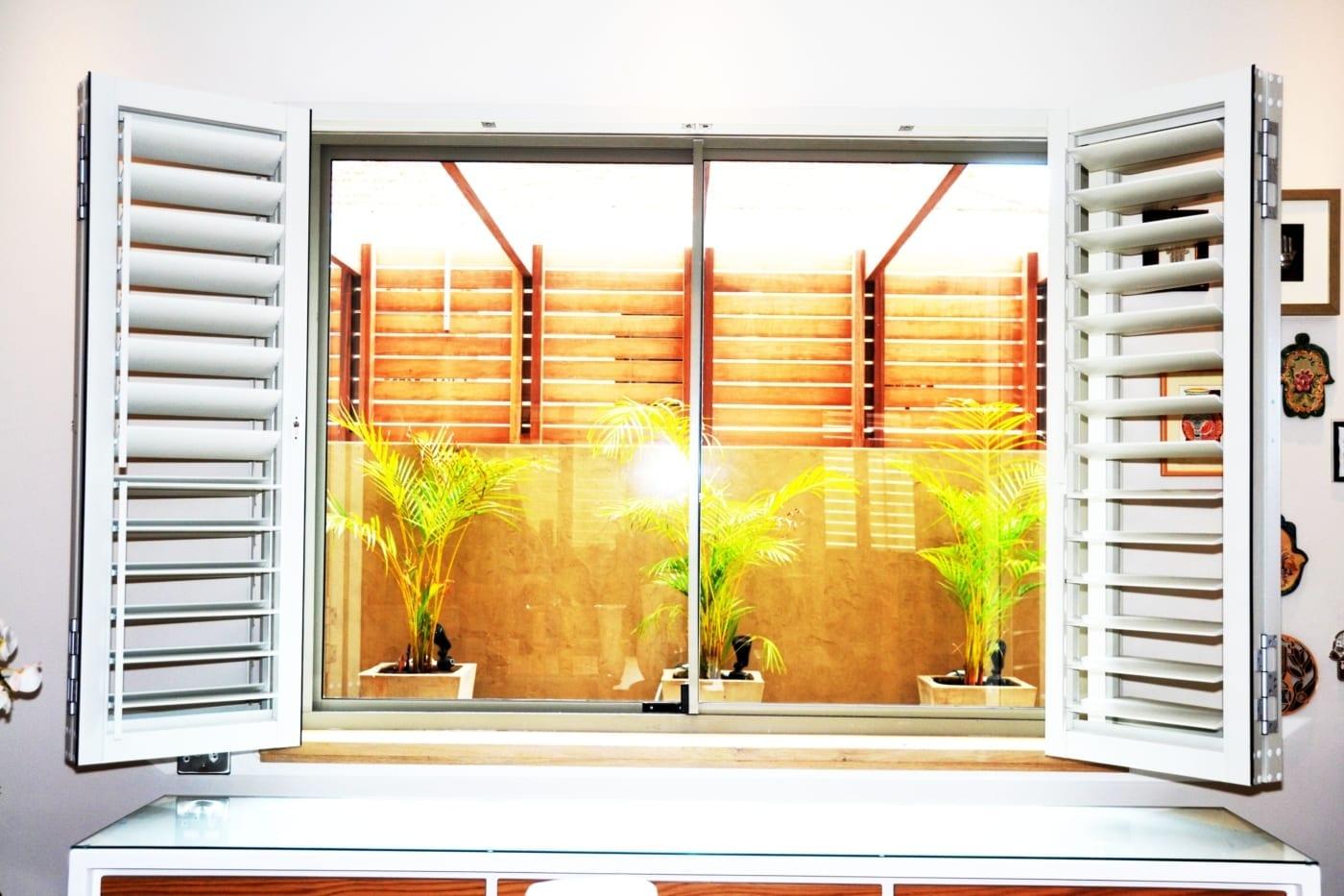 House Albeldas - Dining - Metal Windows