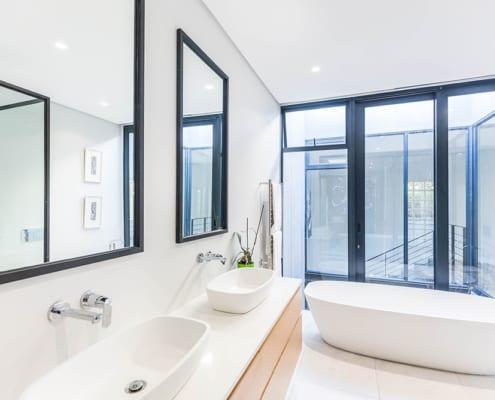 Master bathroom ensuite View - Metal Windows - House Nel