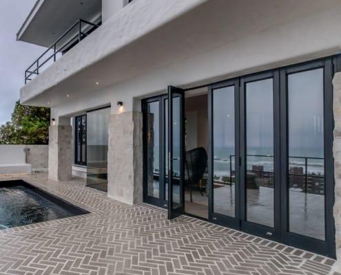 House Sedgemoore Rd - Metal Windows - Living Room - Aluminium Doors