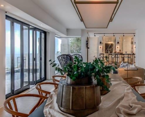 House Sedgemoore Rd - Metal Windows - Living Room - Flowers