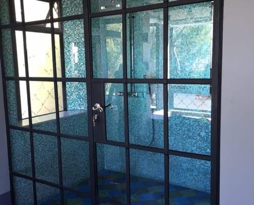 Tamboerskloof-Family-Home-Shower-enclosure-Steel
