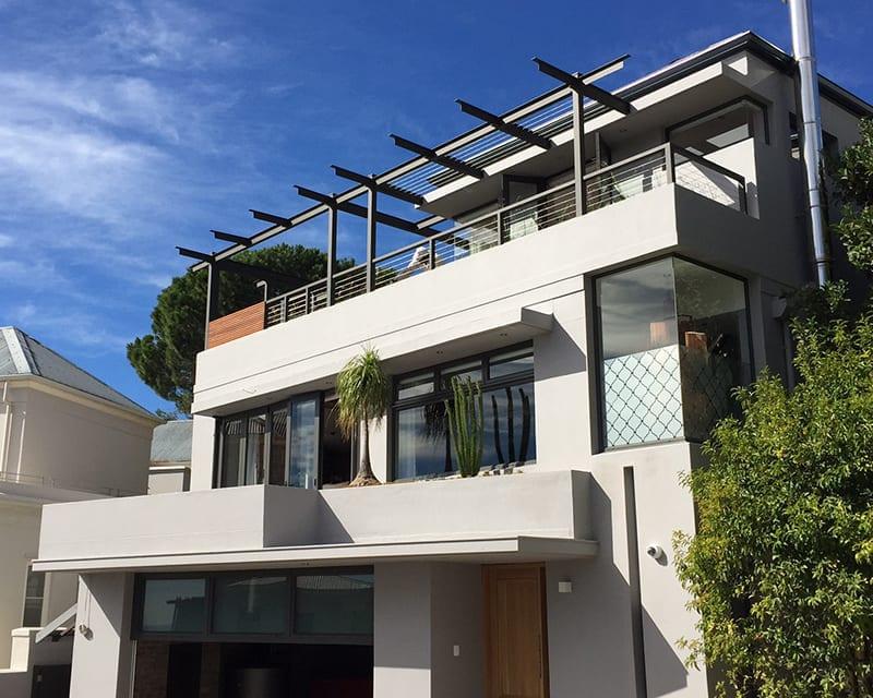Tamboerskoof-Family-Home-Aluminium-Front-of-house