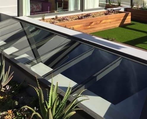 Tamboerskoof-Family-Home-Aluminium-and-glass-roof