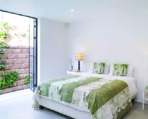 House Beinart - Metal Windows - Bedroom
