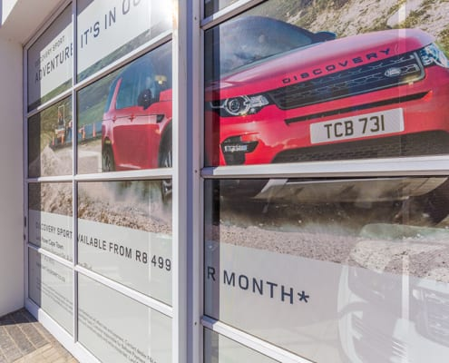 Land Rover - Metal Windows - Car Banner_