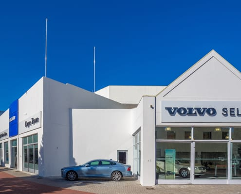 Volvo - Metal Windows - Showroom View