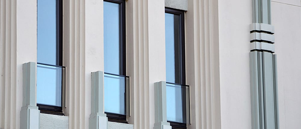 Colosseum Building - Metal Windows