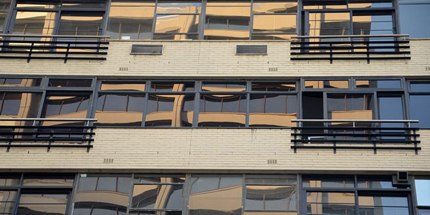 No4 Loop Street - Metal Windows