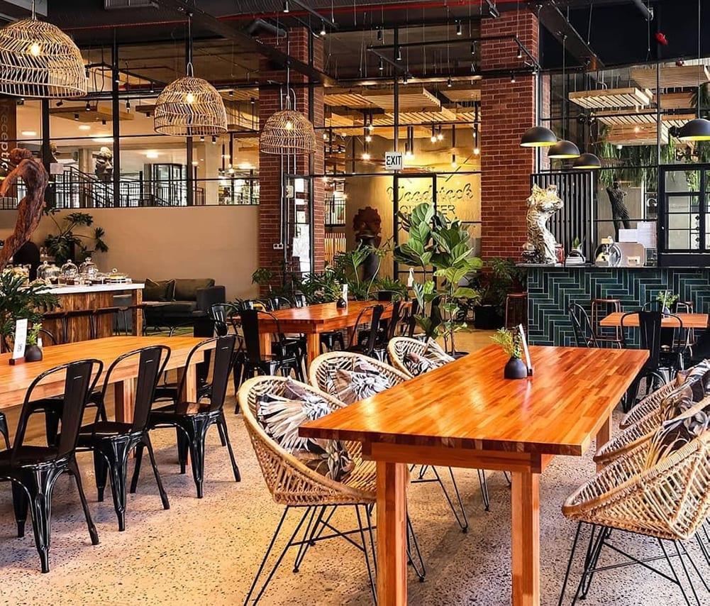 Fratteli Palmieri Restaurant - Main Pictiure - Metal Windows
