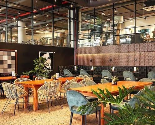 Fratteli Palmieri Restaurant - Metal Windows_