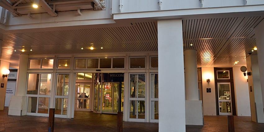 Victoria Wharf - Metal Windows -