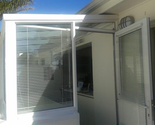 House Lipmen -Kitchen Windows - Metal Windows