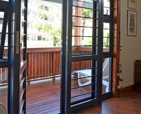 Forman House - Metal Windows