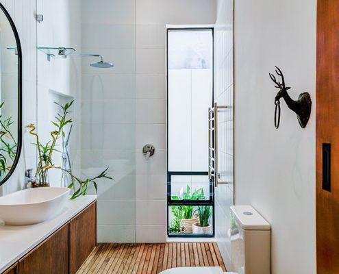 House Balfour - Metal Windows - Bathroom
